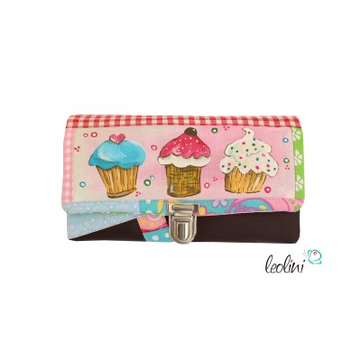 Wallet, handcrafted by Leolini Cupcake