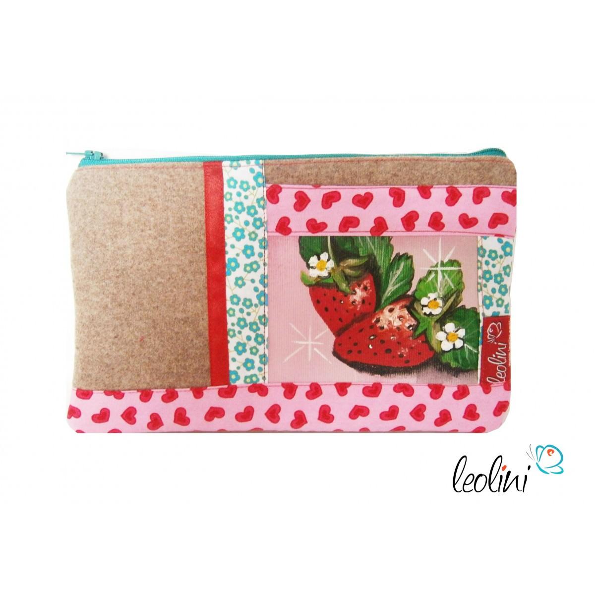 Stiftetasche, Schüttelpenal mit Erdbeeren