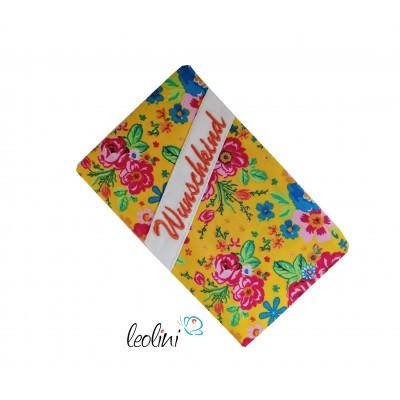 """Mutterkindpasshülle Blumen mit Stickerei """"Wunschkind"""""""