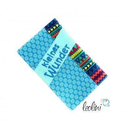 """Mutterkindpasshülle Stickerei """"kleines Wunder"""" türkis"""