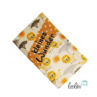 """Mutterkindpasshülle Stickerei """"kleines Wunder"""" Löwen"""