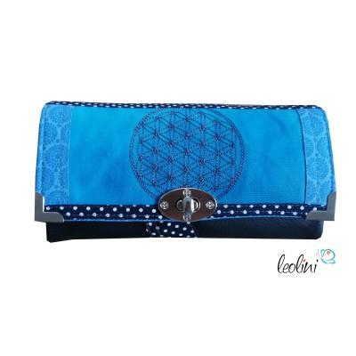 Große Geldbörse - Damen Portemonnaie blau mit Blume des Lebens Stickerei und Malerei