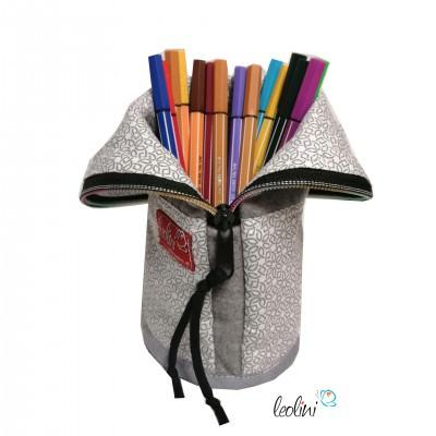 Personalisierbare stehende Stiftetasche, Stiftepennal Ornamente hellgrau