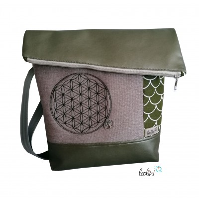 Foldover Tasche Blume des Lebens Stickerei mit Charmanhänger - khaki