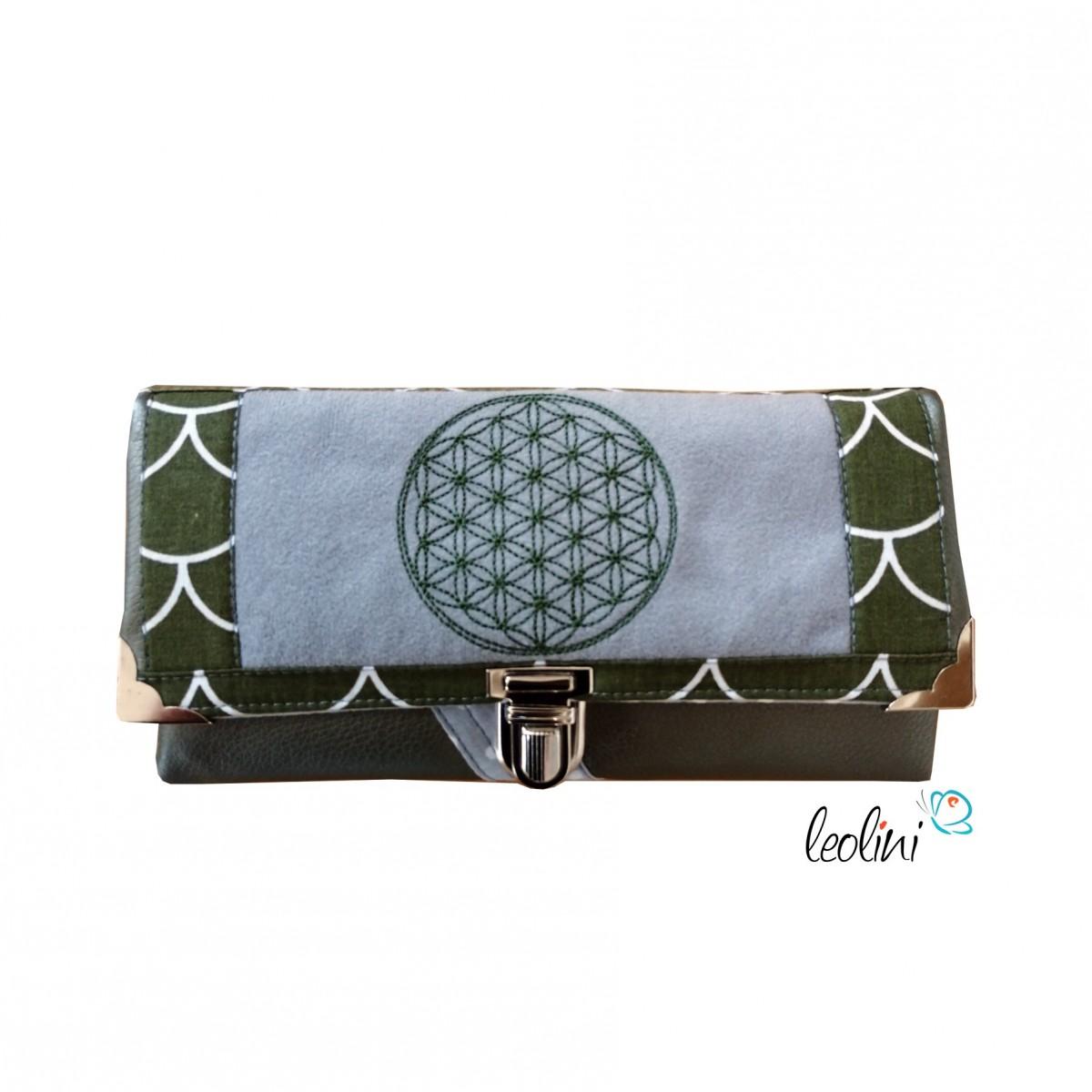 Großes Portemonnaie mit Blume des Lebens Stickerei khaki